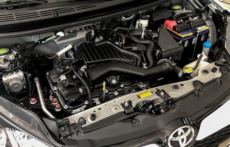 """Toyota Wigo tiết kiệm nhiên liệu dáng kể  - Vinfast Fadil với Toyota Wigo cuộc so tài """"khốc liệt"""" giữa hãng xe Việt Nhật, ai sẽ thắng?"""