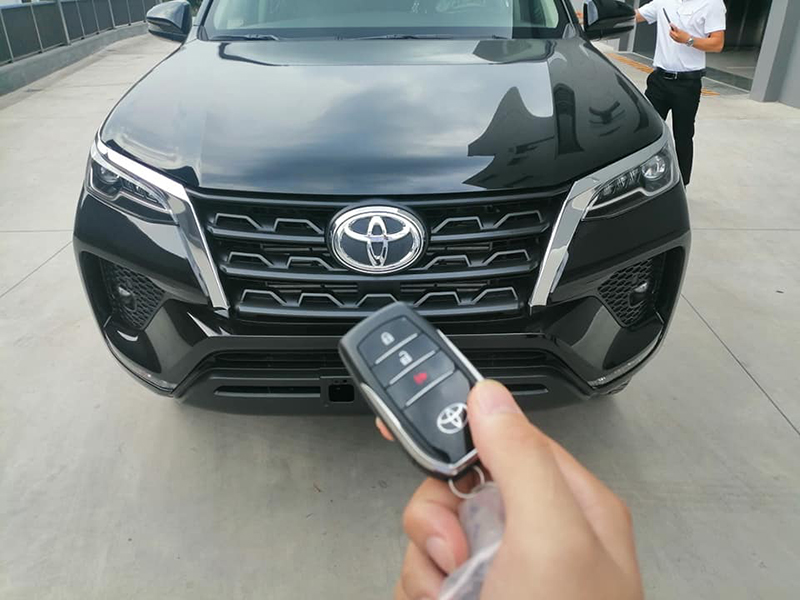 chia khoa thong minh toyota fortuner may dau at 24l 2021 toyotalongphuoc vn - Toyota Fortuner