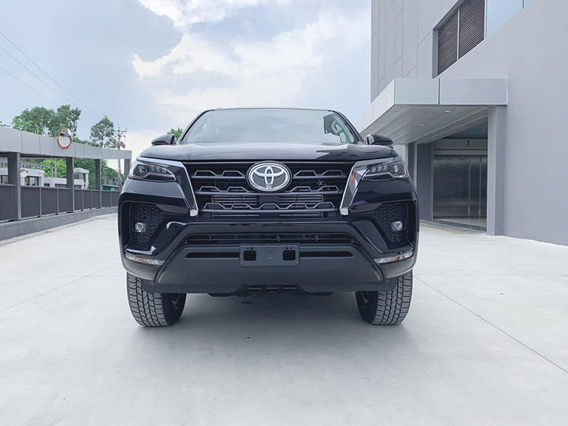 dau-xe-toyota-fortuner-may-dau-at-24l-2021-toyotalongphuoc-vn