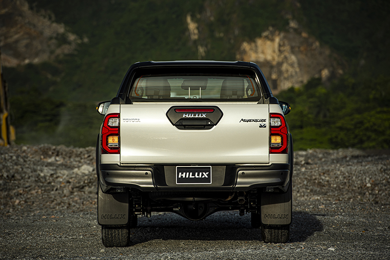 duoi xe toyota hilux 2021 toyota long phuoc - Toyota Hilux