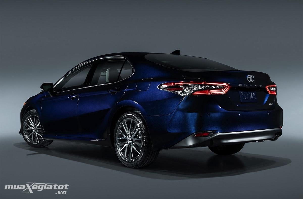 duoi xe toyota camry 2021 tai my xetot com - Toyota Camry