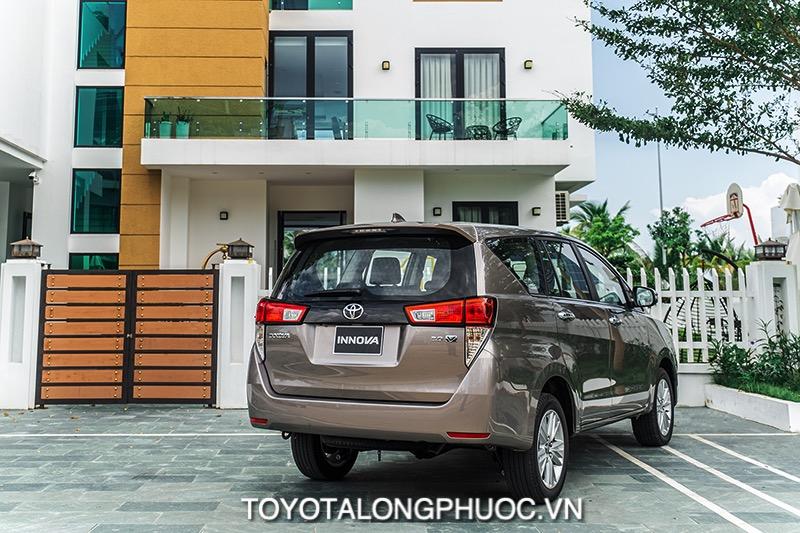 duoi xe toyota innova v 2021 toyotalongphuoc vn 1 - Toyota Innova