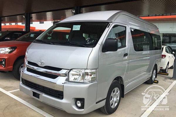 gia xe toyota hiace 3 0 2020 nhap khau muaxegiatot com 8 - Toyota Hiace