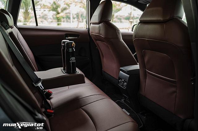 1 hang ghe 2 toyota corolla cross 18hv 2021 hybrid toyotalongphuoc vn - Nên mua Corolla Cross Hybrid hay chờ xe điện Vinfast VF32?