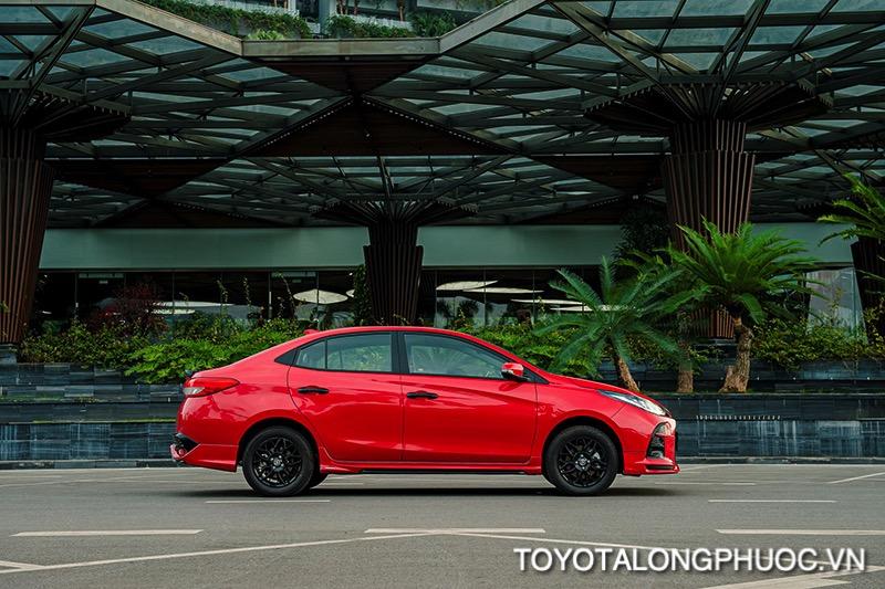 Hong xe Toyota Vios GR S 2021 toyotalongphuoc vn - So sánh Toyota Vios GR-S 2021 và Honda City RS 2021: Cạnh tranh khốc liệt trong phiên bản mới