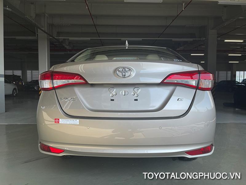 duoi xe toyota vios 2021 ban 15G toyota tan cang toyotalongphuoc vn 15 1 - Đánh giá Toyota Vios G 2021: Sự đột phá trong thiết kế cùng sự vận hành