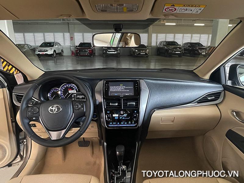 khoang lai xe toyota vios 2021 ban 15G toyota tan cang toyotalongphuoc vn 13 1 - Đánh giá Toyota Vios G 2021: Sự đột phá trong thiết kế cùng sự vận hành