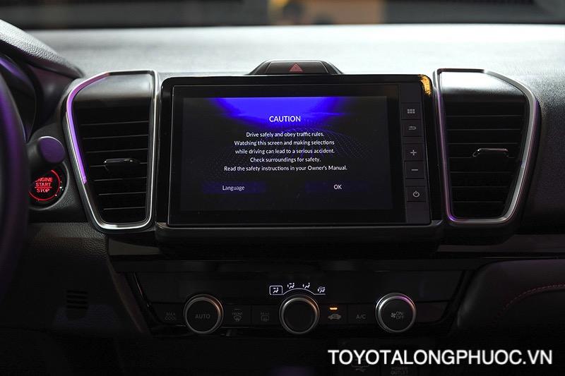 man hinh 8inch honda city rs 2021 toyotalongphuoc vn - So sánh Toyota Vios GR-S 2021 và Honda City RS 2021: Cạnh tranh khốc liệt trong phiên bản mới