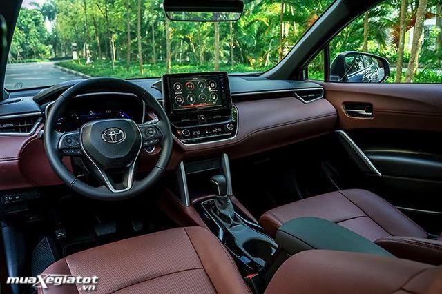 noi that xe toyota corolla cross 18hv 2021 hybrid toyotalongphuoc vn - Nên mua Corolla Cross Hybrid hay chờ xe điện Vinfast VF32?