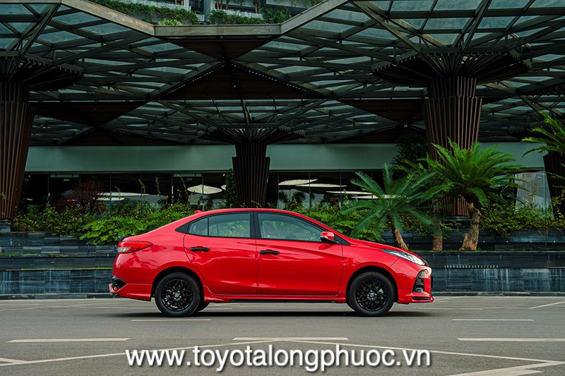 Hong xe Toyota Vios GR S 2021 Toyotalongphuoc vn - Đánh giá Toyota Vios GR-S 2021: Phiên bản thể thao cực hấp dẫn