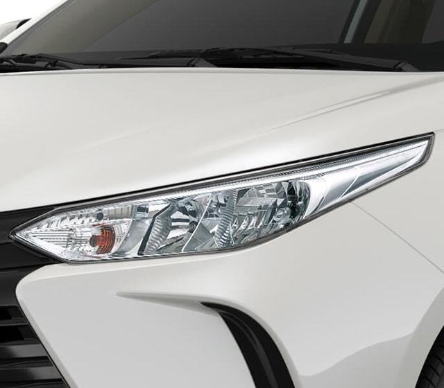 cum den truoc toyota vios e mt 2021 toyotalongphuoc vn - Đánh giá Toyota Vios E MT 2021 7 túi khí: Mẫu xe chạy dịch vụ tiết kiệm, bền bỉ, an toàn