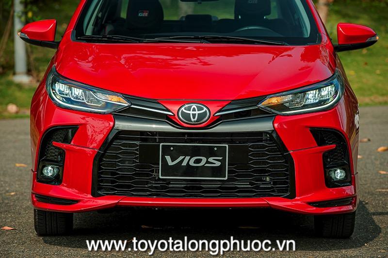 den pha xe Toyota Vios GR S 2021 Toyotalongphuoc vn - Đánh giá Toyota Vios GR-S 2021: Phiên bản thể thao cực hấp dẫn