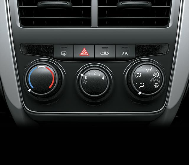dieu hoa chinh tay xe toyota vios e mt 2021 toyotalongphuoc vn - Đánh giá Toyota Vios E MT 2021 7 túi khí: Mẫu xe chạy dịch vụ tiết kiệm, bền bỉ, an toàn