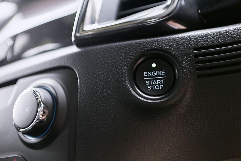 "nut khoi dong ford everest 2021 thailan muaxegiatot vn - Đánh giá xe Ford Everest 2021, Xe 7 chỗ khiến Fortuner ""hít khói"""