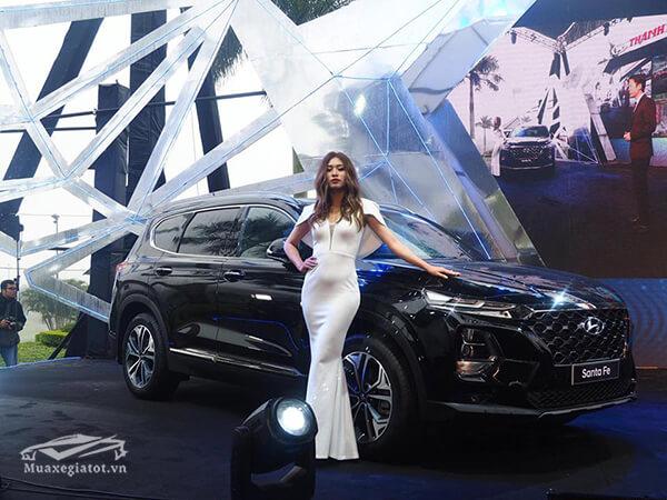 gioi thieu hyundai santafe 2019 may dau premium muaxenhanh vn 2 - Đánh giá xe Hyundai SantaFe 2021, Xe SUV 7 chỗ đang từng bước lật đổ thế lực Fortuner