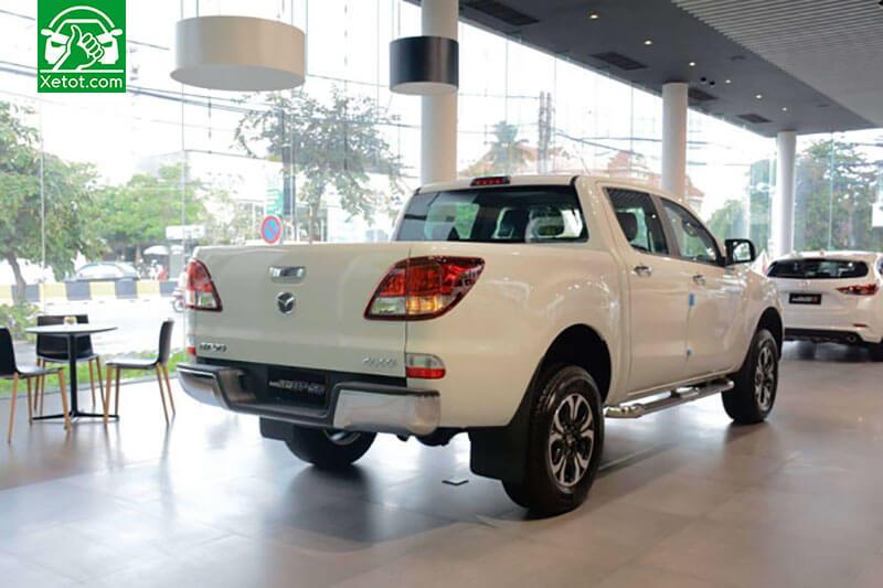 duoi mazda bt 50 2020 xetot com - Đánh giá xe Mazda BT-50 2021 - Xe đẹp nhất làng bán tải