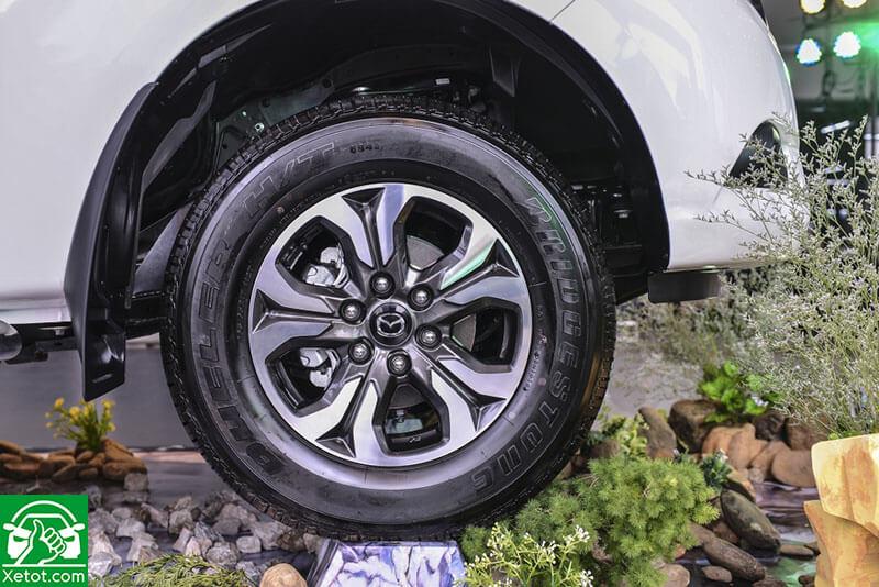 mam xe mazda bt 50 2020 xetot com - Đánh giá xe Mazda BT-50 2021 - Xe đẹp nhất làng bán tải