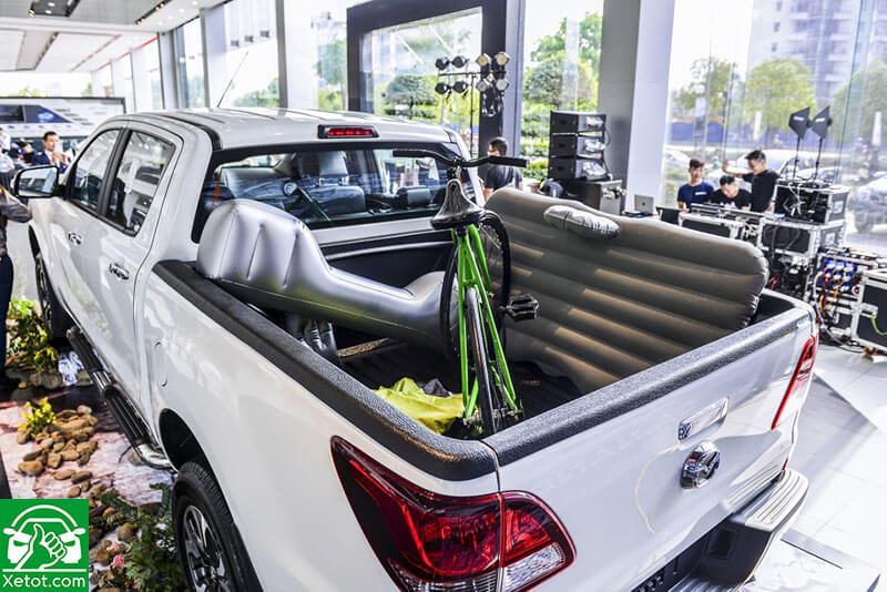 thung ban tai mazda bt 50 2020 xetot com - Đánh giá xe Mazda BT-50 2021 - Xe đẹp nhất làng bán tải