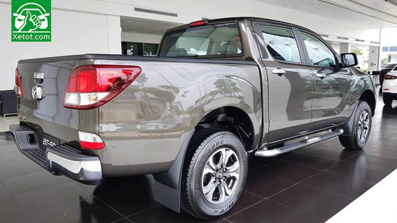 thung xe mazda bt 50 2020 xetot com - Đánh giá xe Mazda BT-50 2021 - Xe đẹp nhất làng bán tải